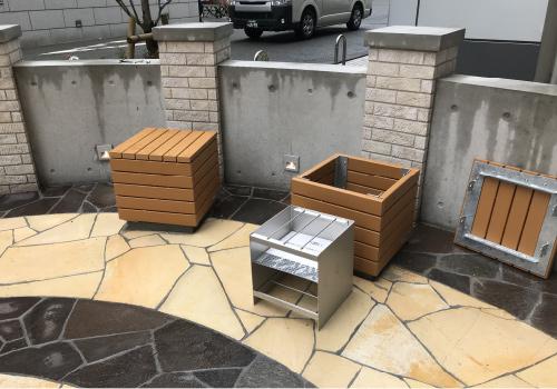 座板を外すと炊き出し用のかまどとして利用できる「かまどベンチ」