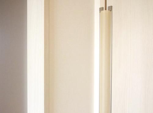 扉やドアの「手挟み防止対策」を設置。
