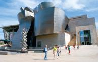 ビルバオ・グッゲンハイム美術館(スペイン)