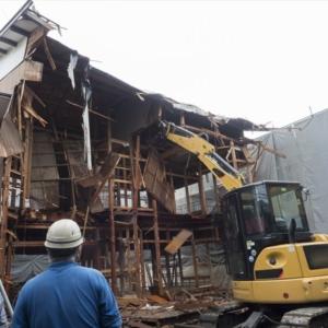 アパートの解体工事費用!構造別に相場や補助金などについて解説